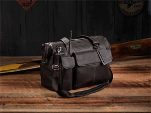 "Leather Flight Bag ""The Gann"""